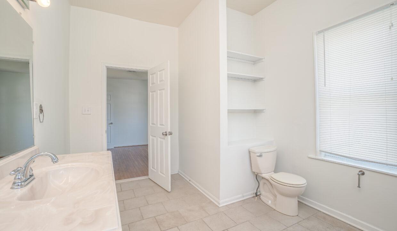 015 Bathroom 2