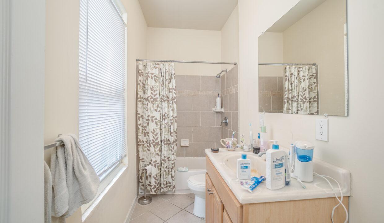 025 Bath 1
