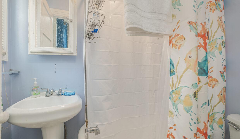 056 Bathroom