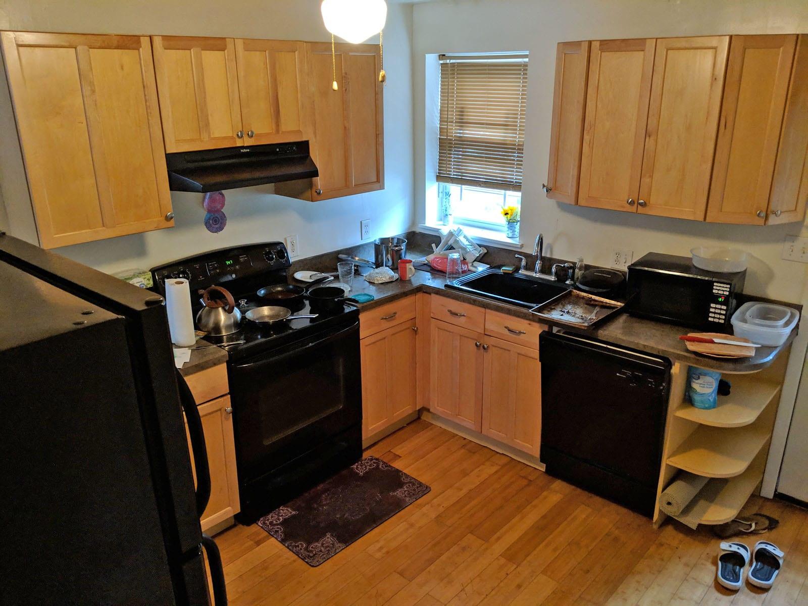 132 2306 Kitchen