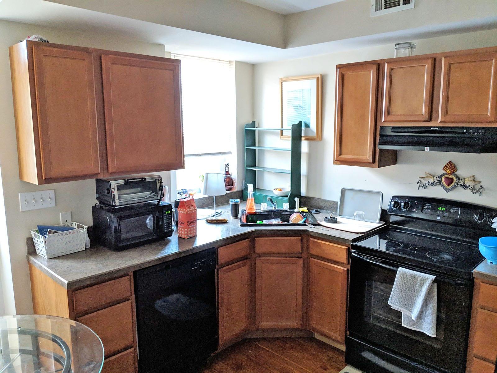 222 2305 Kitchen