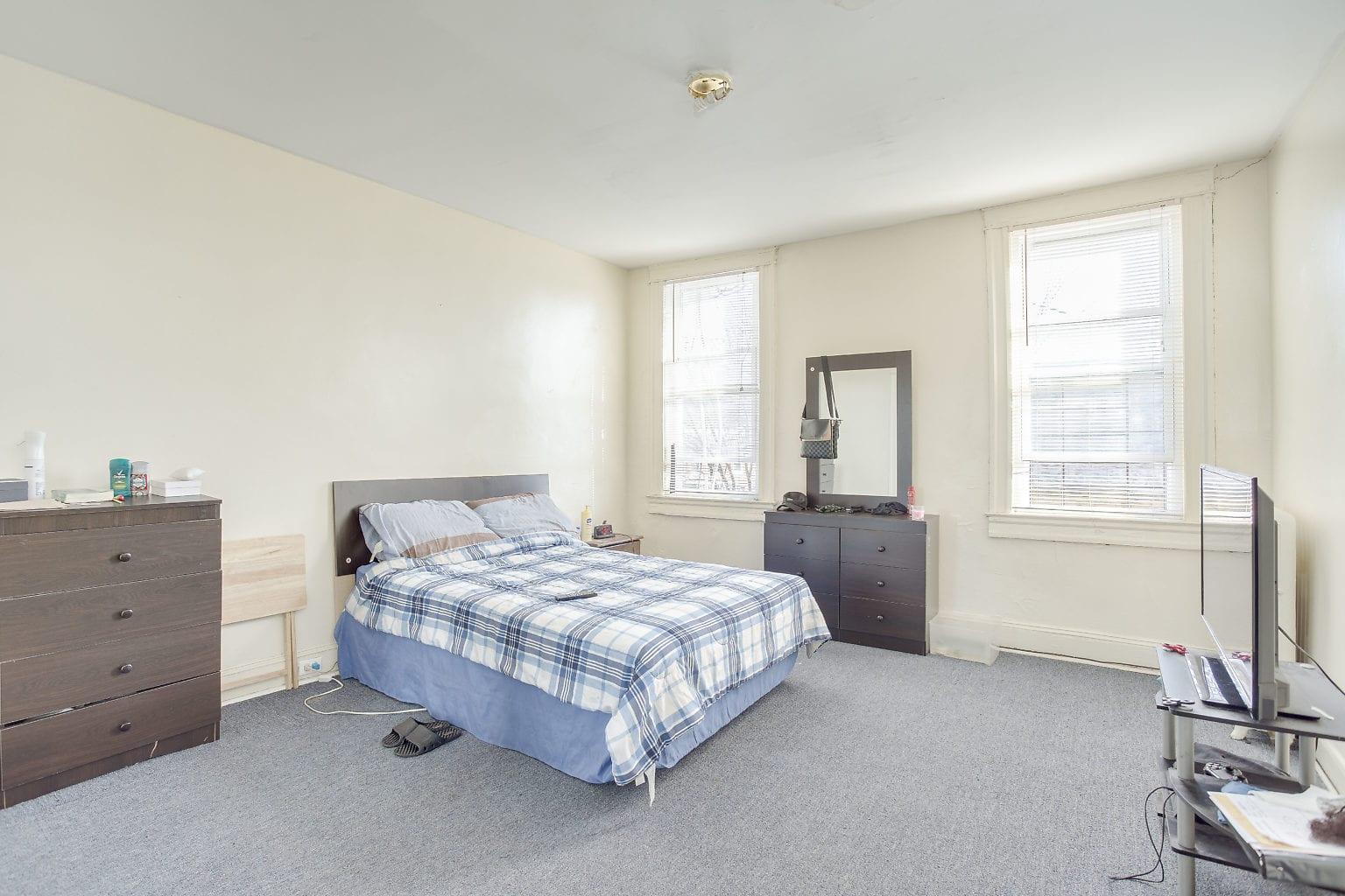 23 2nd Flr Bedroom 1