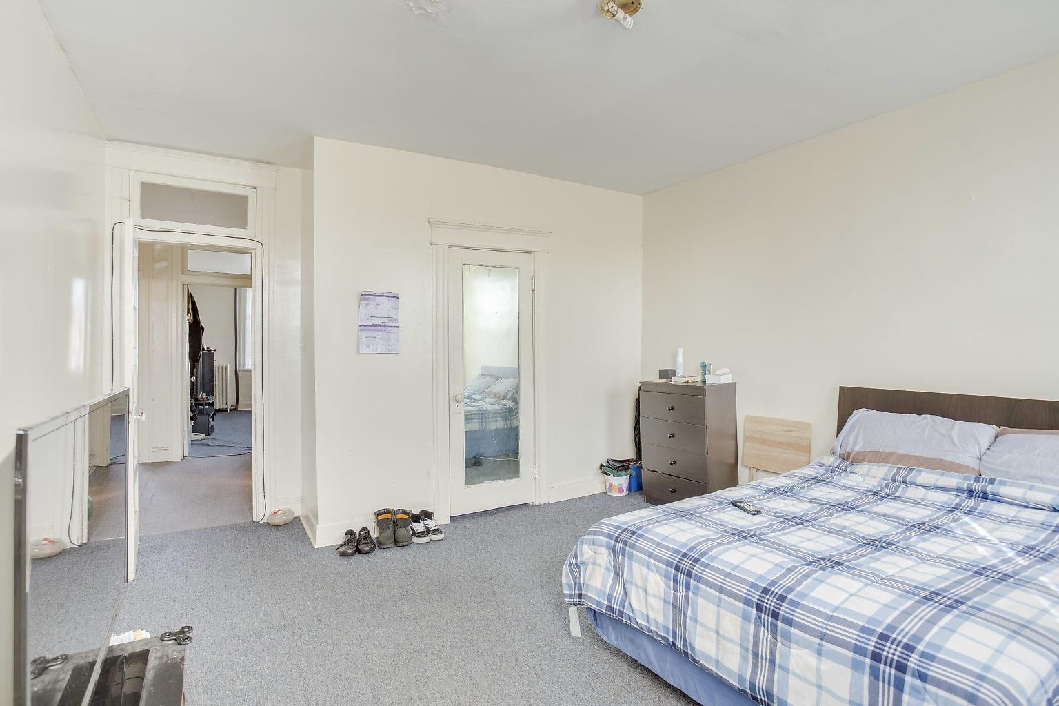 24 2nd Flr Bedroom