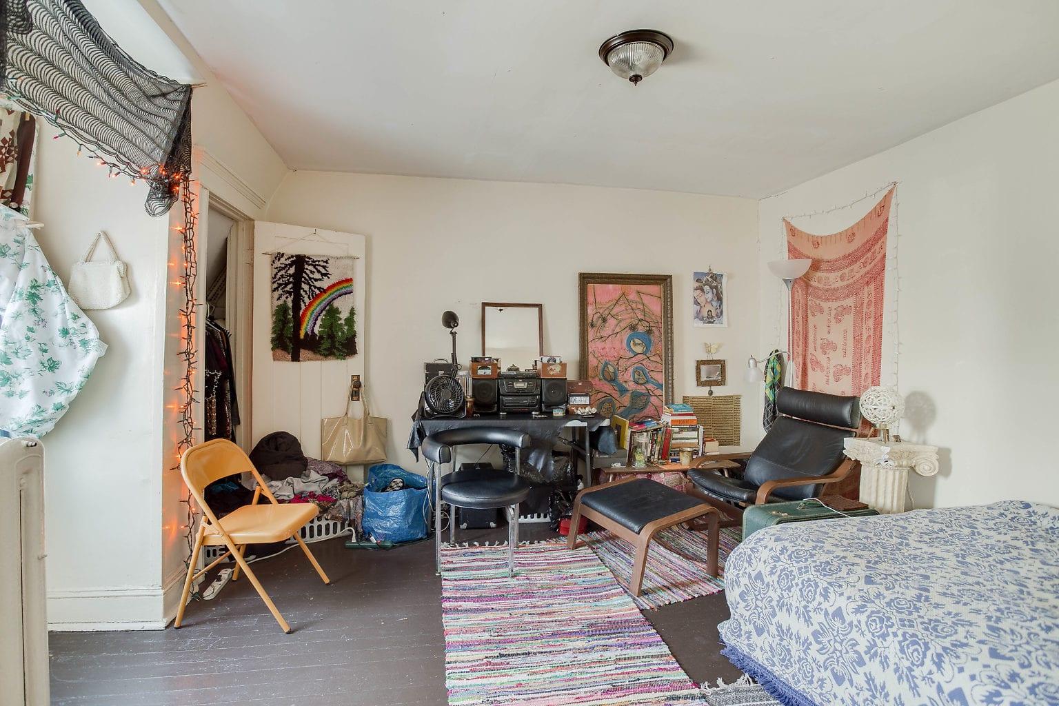 30 3rd Flr Living Room