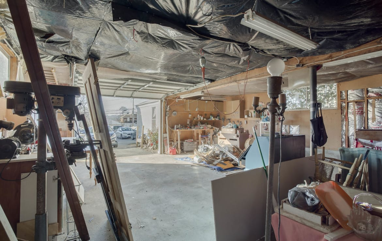 shop garage