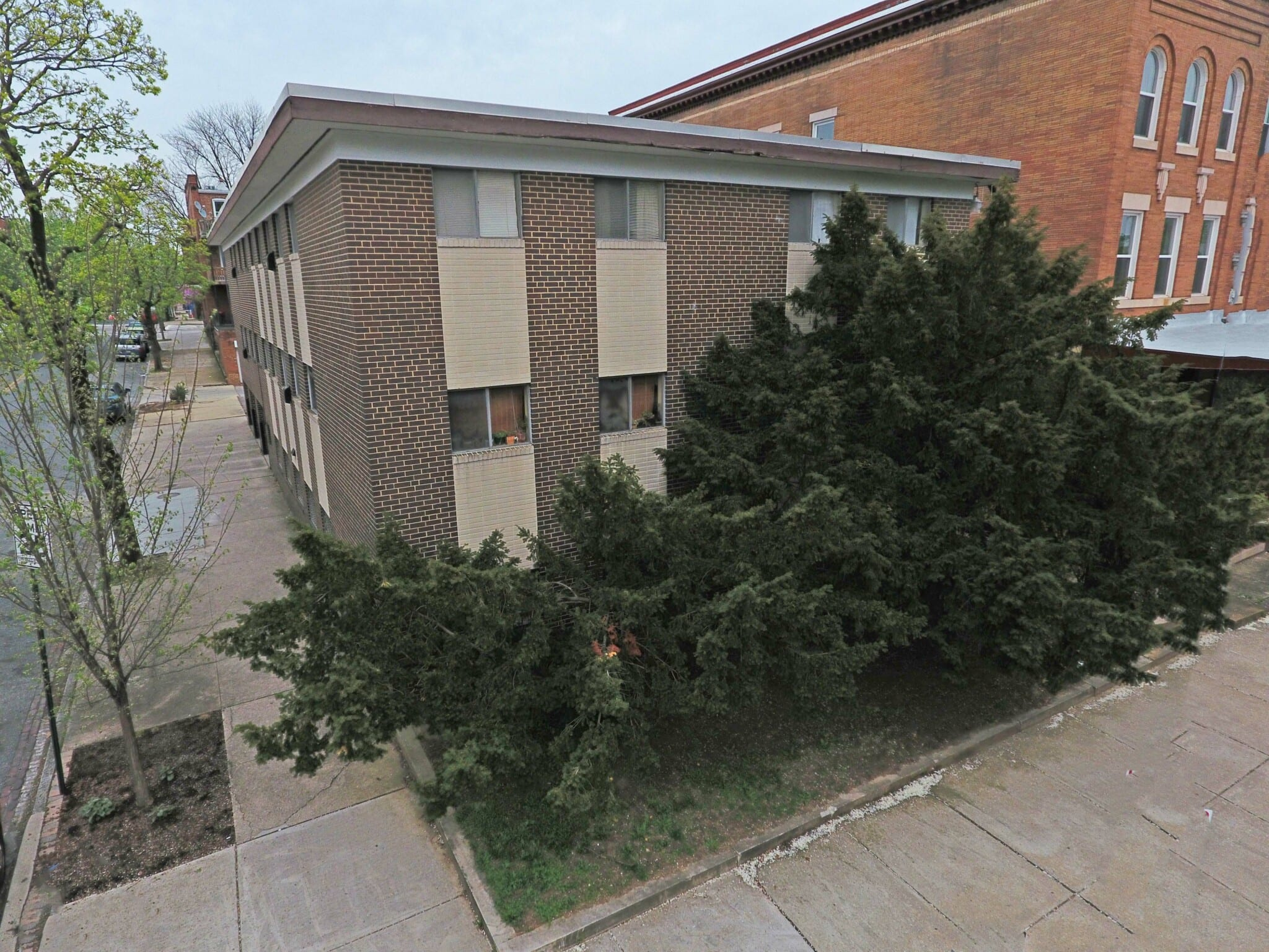 2637 St Paul St:  11 Lead-Free Garden-Style Apartments