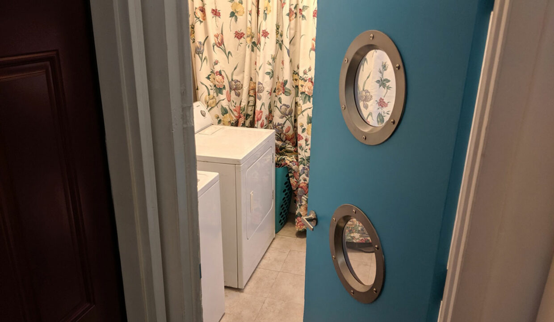40-Laundry-Room-Entrance