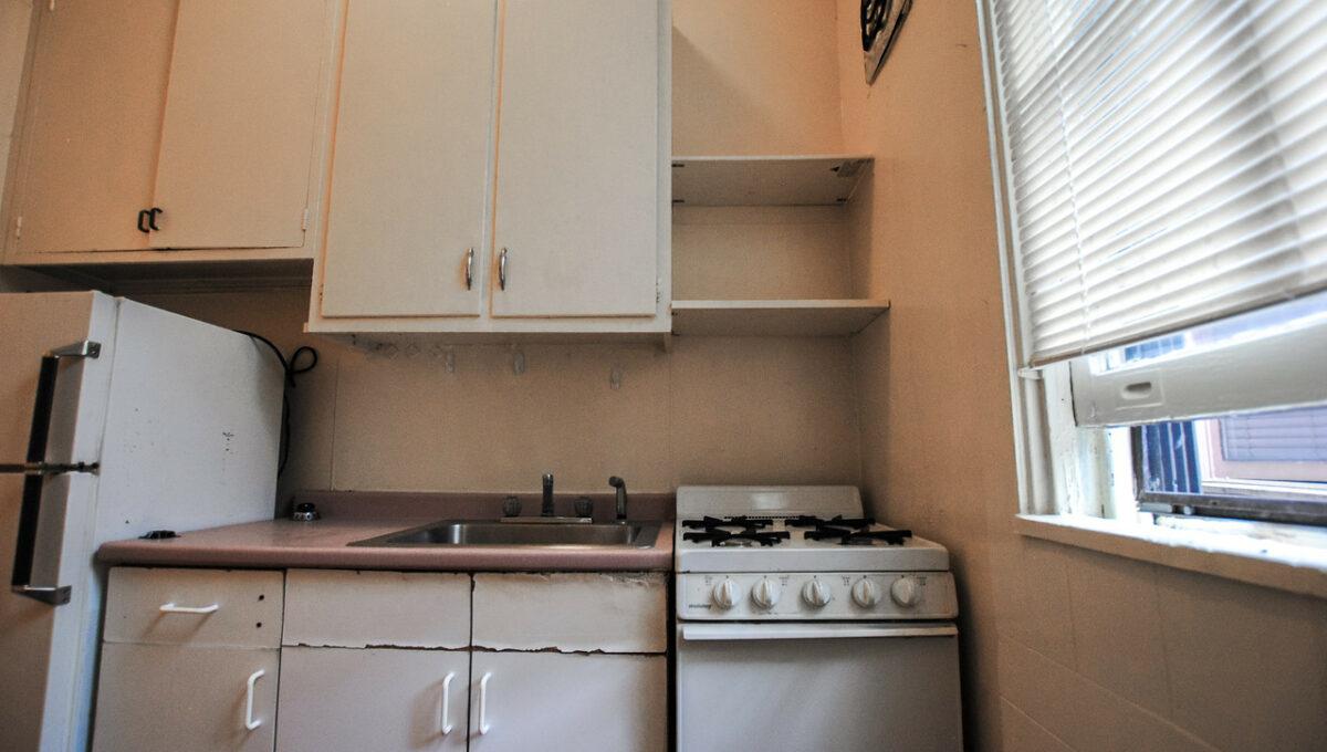 11 unit 1 kitchen