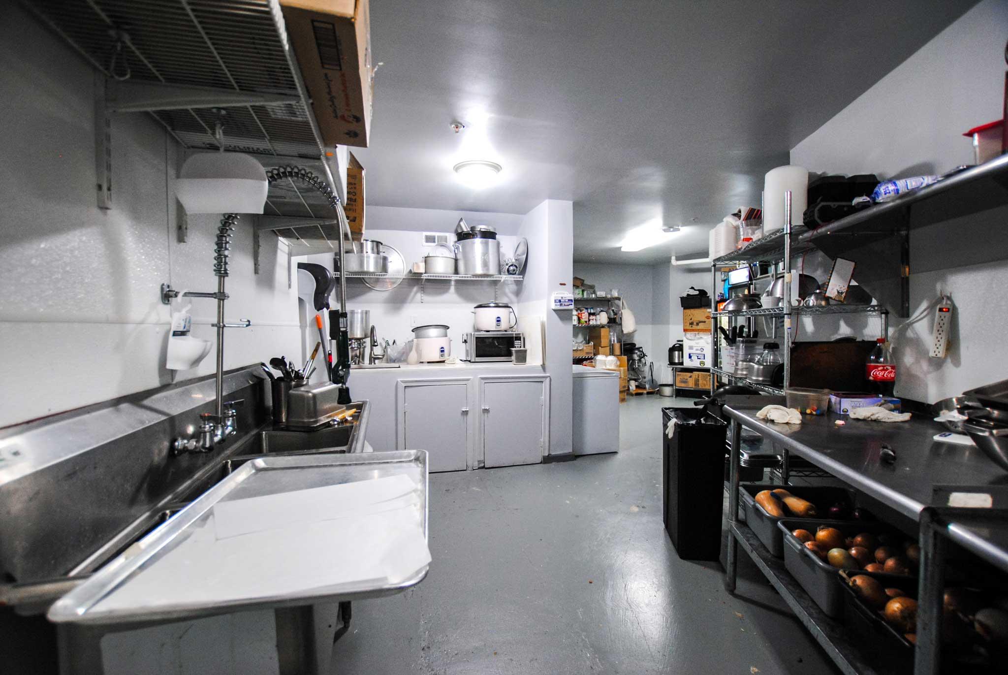 15 Restaurant Kitchen