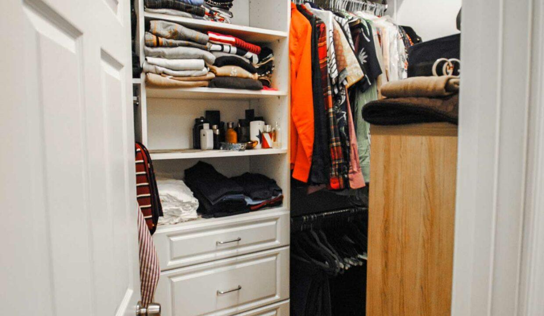 34 Walk In Closet
