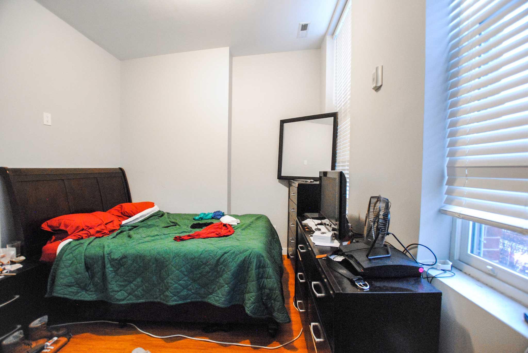 64 Bedroom
