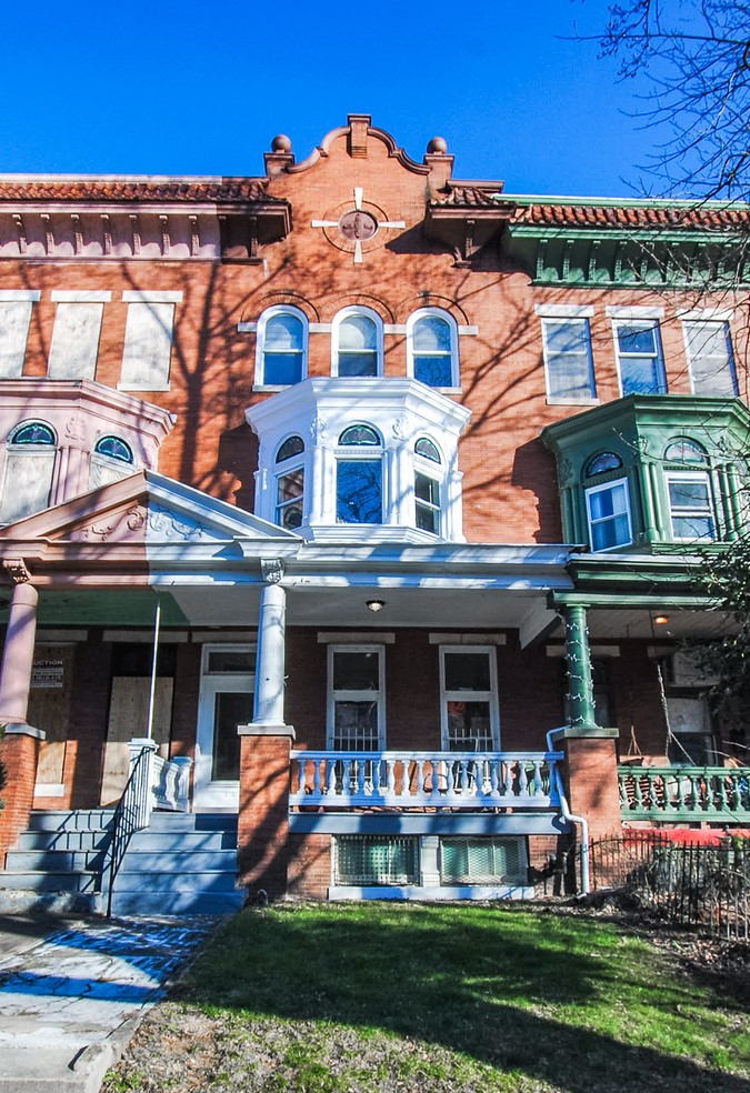 2731 Calvert St: 3 Apartments in Charles Village–See Photos for 2018 Renovations!