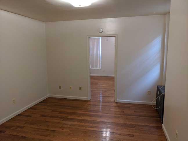 10 869 1st Flr Living Room