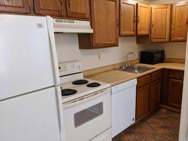 12 869 1st Flr Kitchen