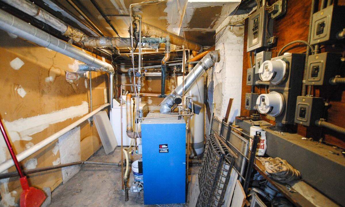 83 boiler room 200116024833