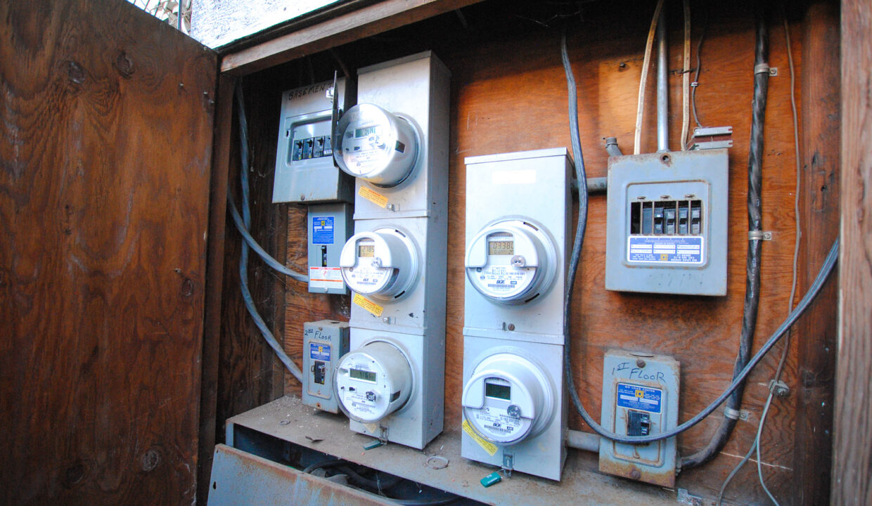 80 electric meters 2