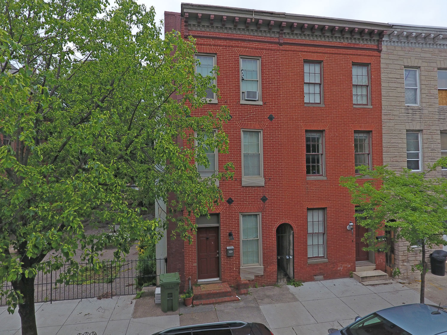 930 S Hanover:  Self-Contained 2-Unit in Federal Hill