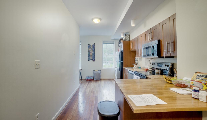 930 2 Kitchen