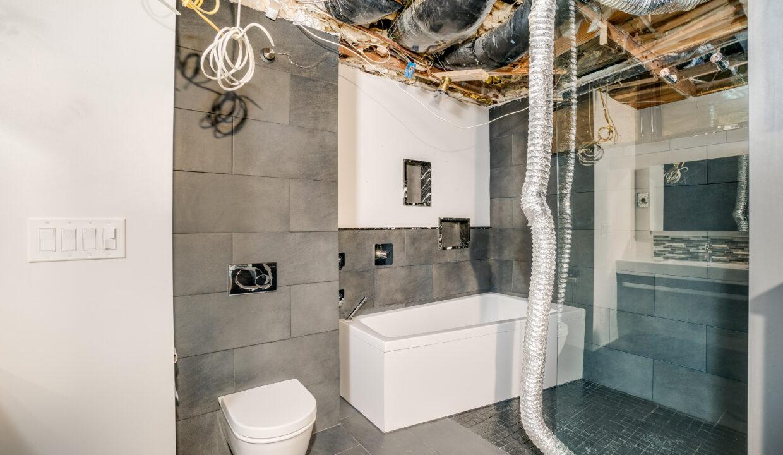 19 Bathroom 2 scaled