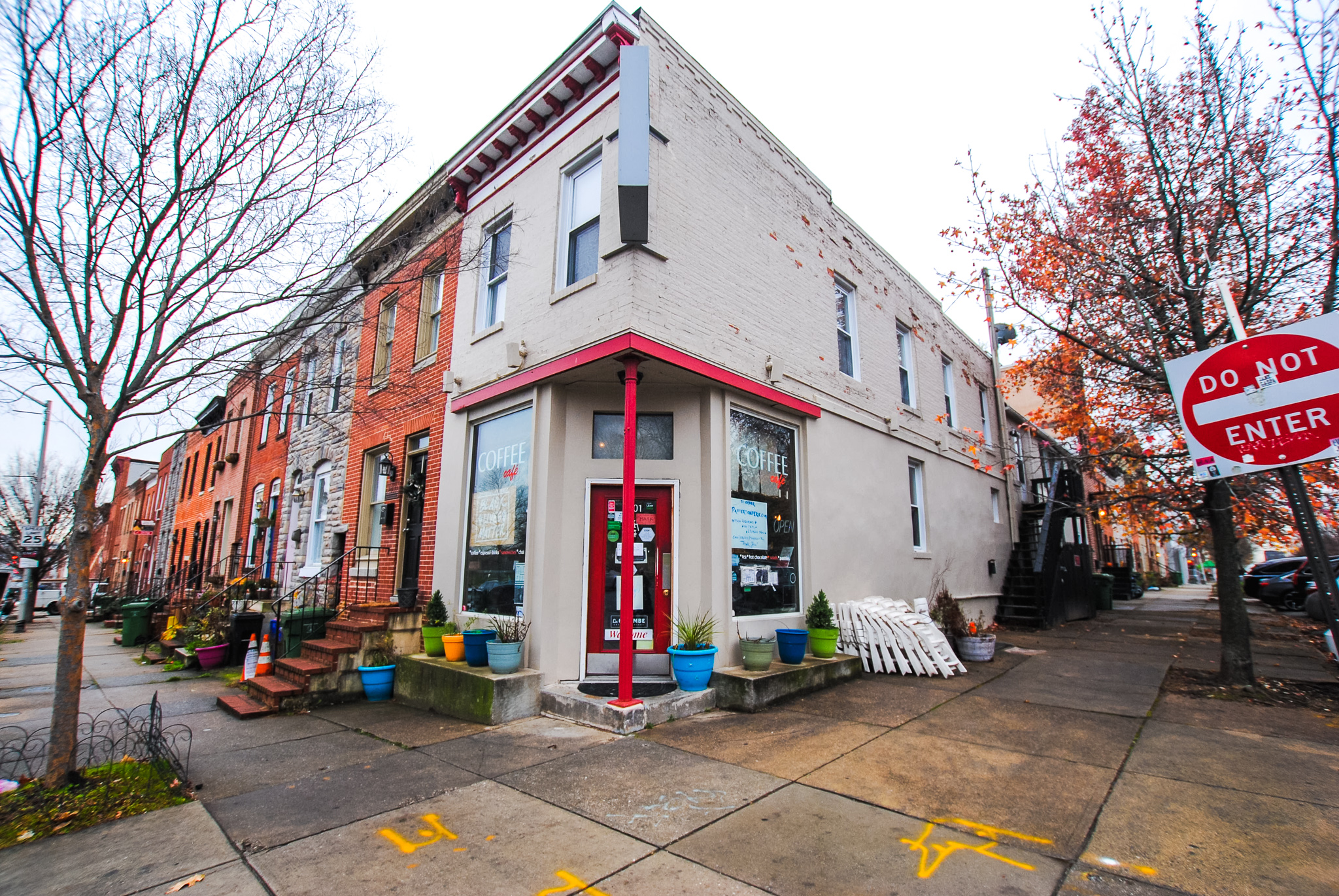 2501 Eastern Avenue: 2 Apartments / 1 Retail Store in Canton, Fully Leased
