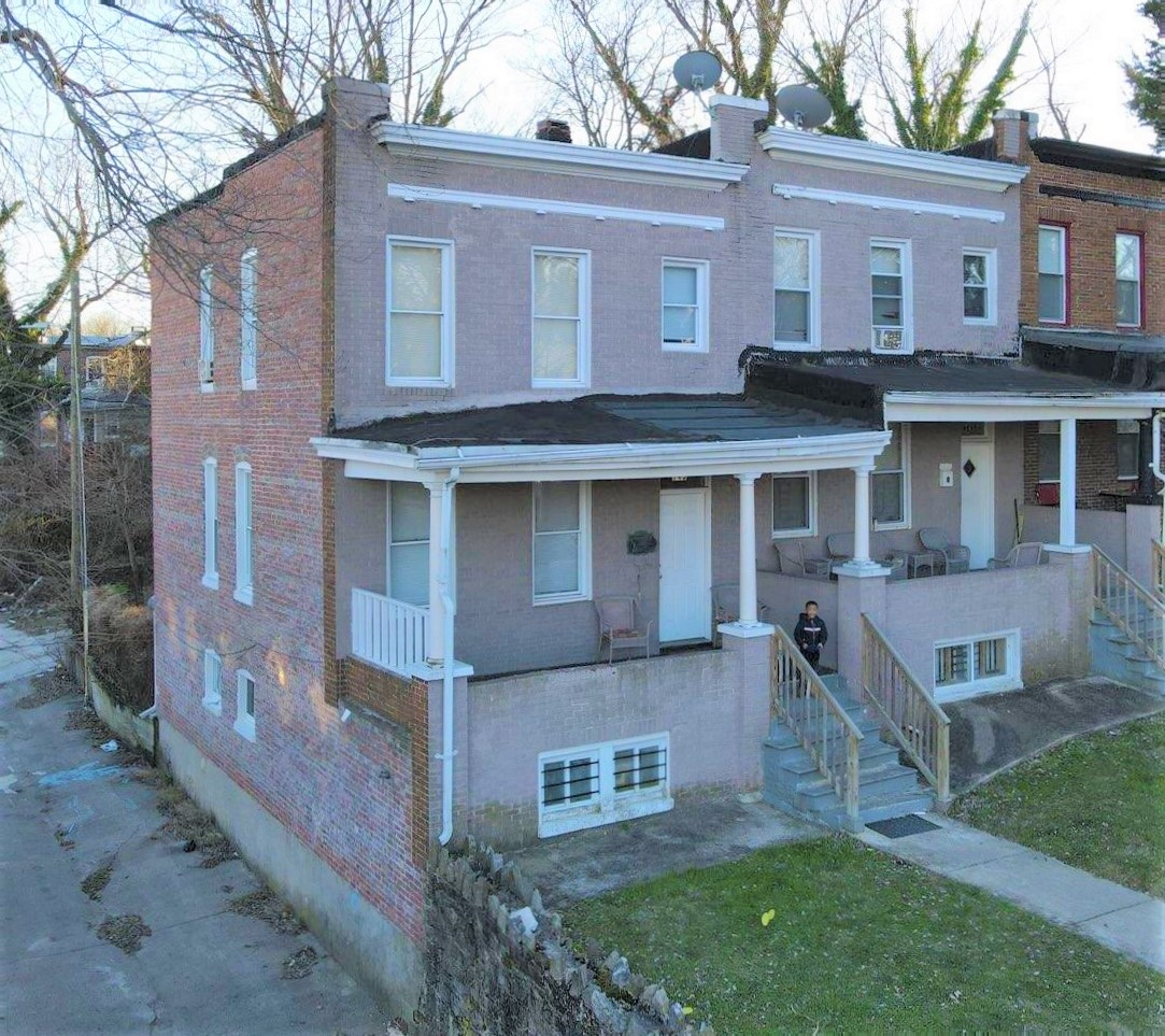 743-745 Springfield Ave: 2 Rental Townhomes in Pen Lucy!