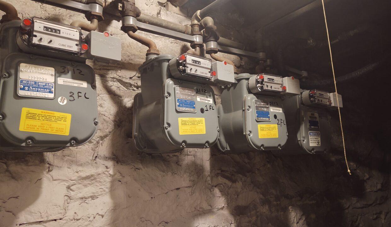 96 3112 gas meters scaled