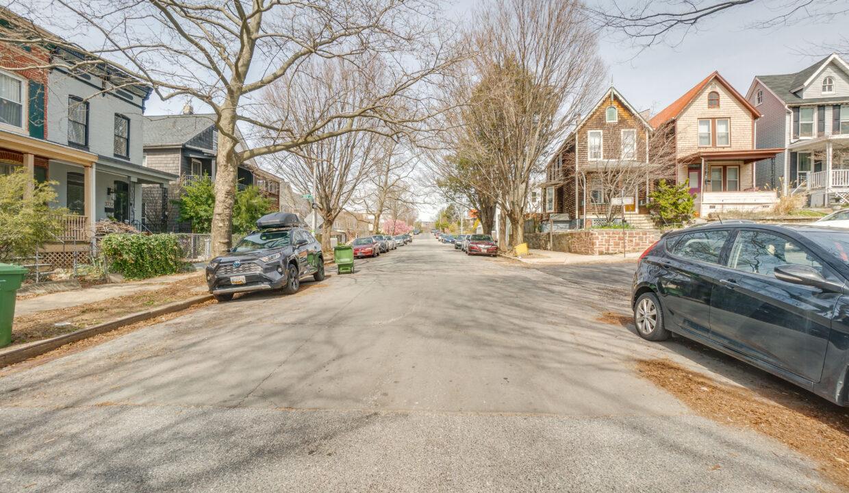 03 Chestnut Avenue