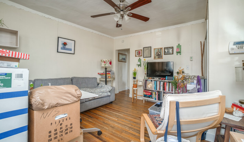 10 1st Floor Living Room
