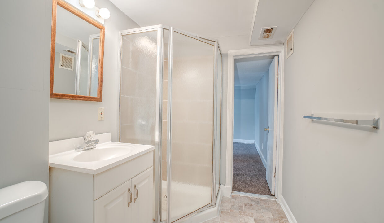 36 Studio Shower