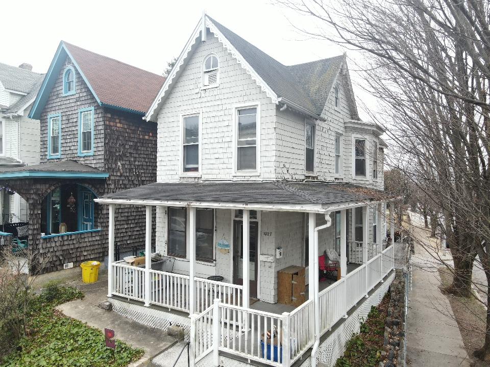 1027 Union Ave: 3 Unit Apartment Building in Popular Hampden