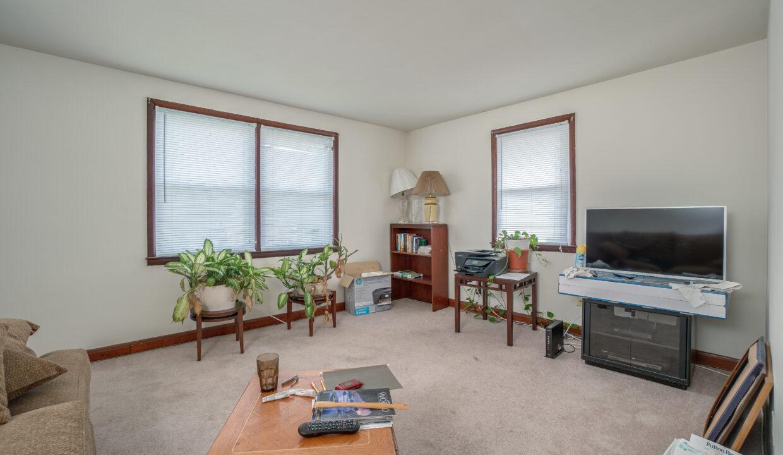 20 2nd Floor living