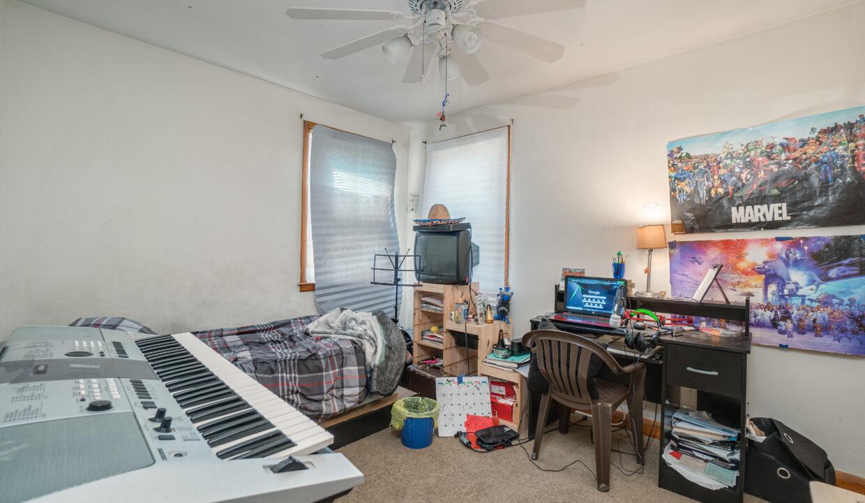 32 Bedroom 2