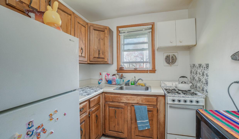 43 Kitchen