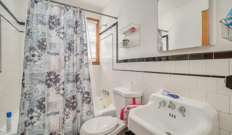 48 Bathroom