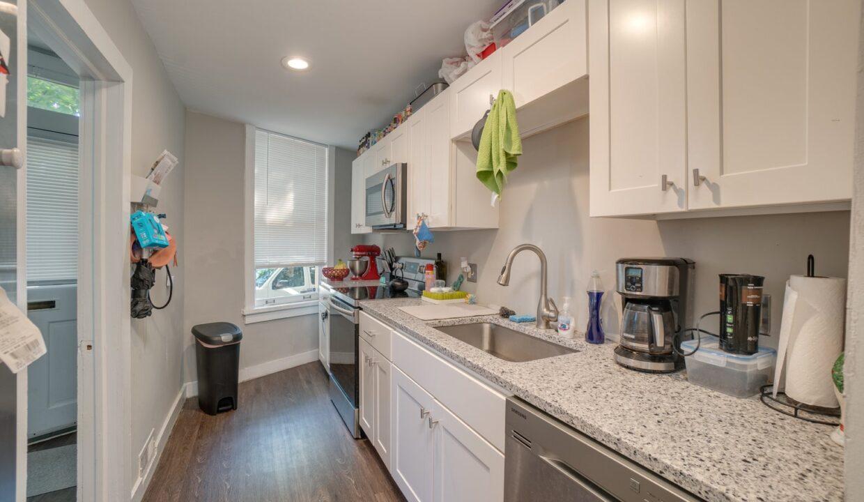 312 Emory kitchen 2
