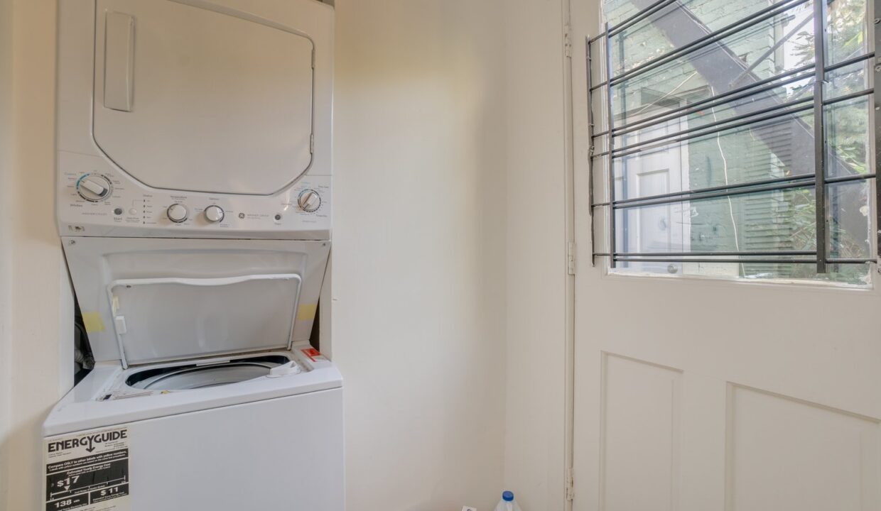 629 Melvin stacked washer dryer